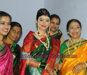 Tejswini Pandit marathi actress weding Photos