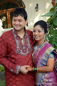 Swapnil Joshi With Wife Leena Aradhye