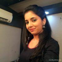 Sayali Sanjeev Marathi Actress Selfie