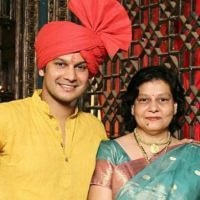 Adinath kothare With Her Mother