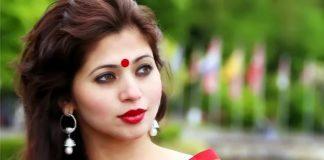 Popular Actress & Dancer Deepali Sayed Turns Film Producer