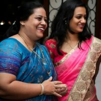 Spruha Joshi With Her Mother